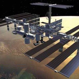 використання сонячних батарей в космосі