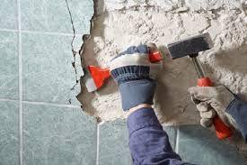 демонтаж плитки зі стін