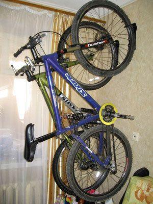 Настінний кронштейн для велосипеда на стіну для його зберігання