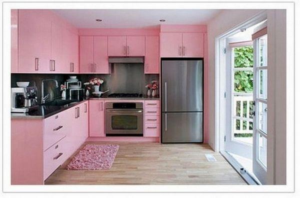 Рожевий колір кухні картинка